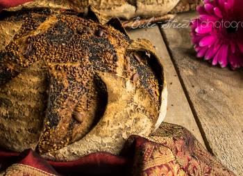 Pan de mostaza con pétalos y toffee Garam Masala for {Box of Spice}