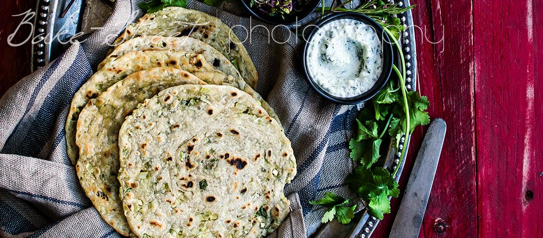 Laccha Paratha con cilantro y ajo