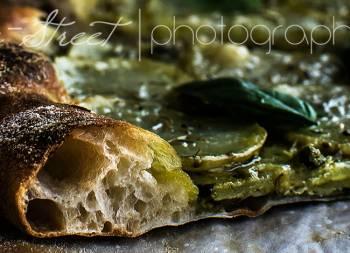 Pizza de patata, romero y gorgonzola