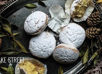 Marquesas, almond cakes