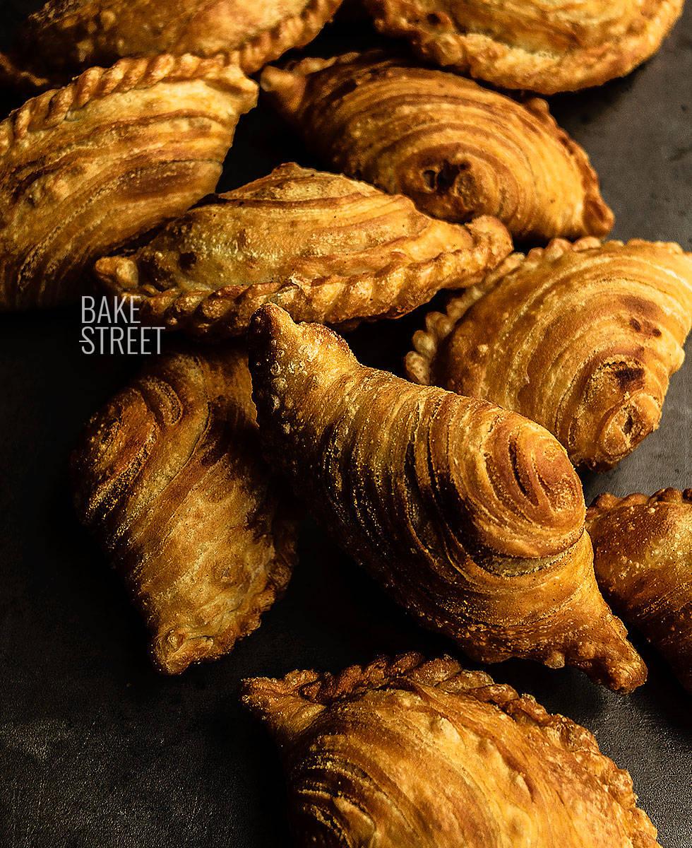 Karipap Pusing - Espirales de curry
