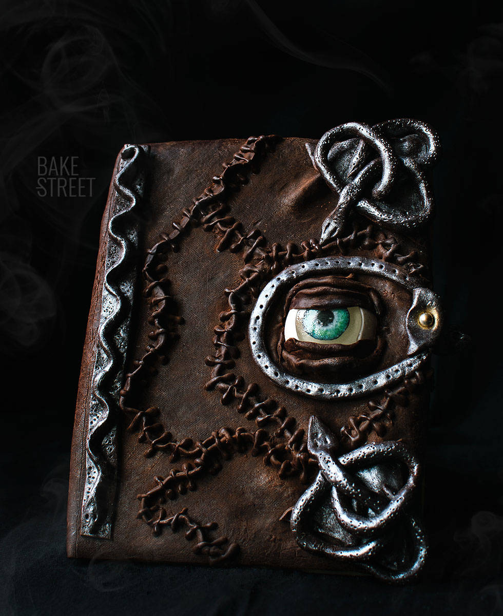 Hocus Pocus Book Cookie {Tutorial Video}