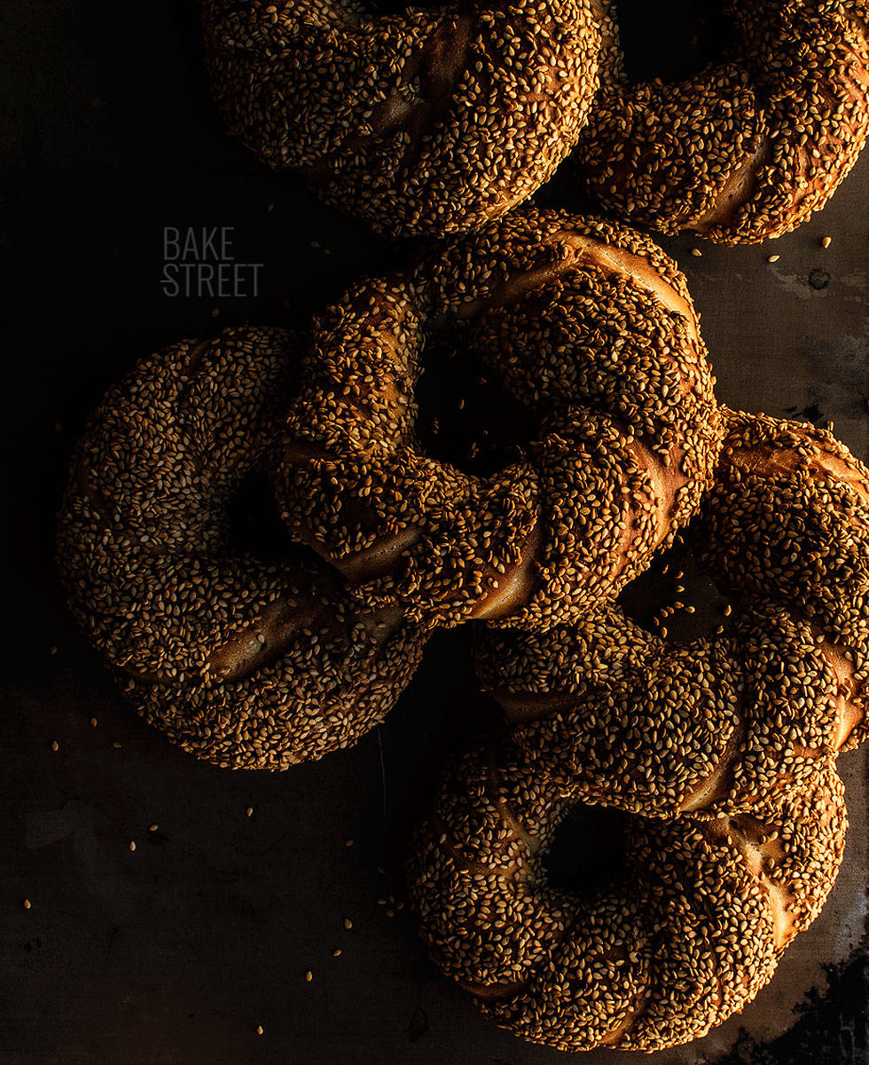Simit, bagel turco