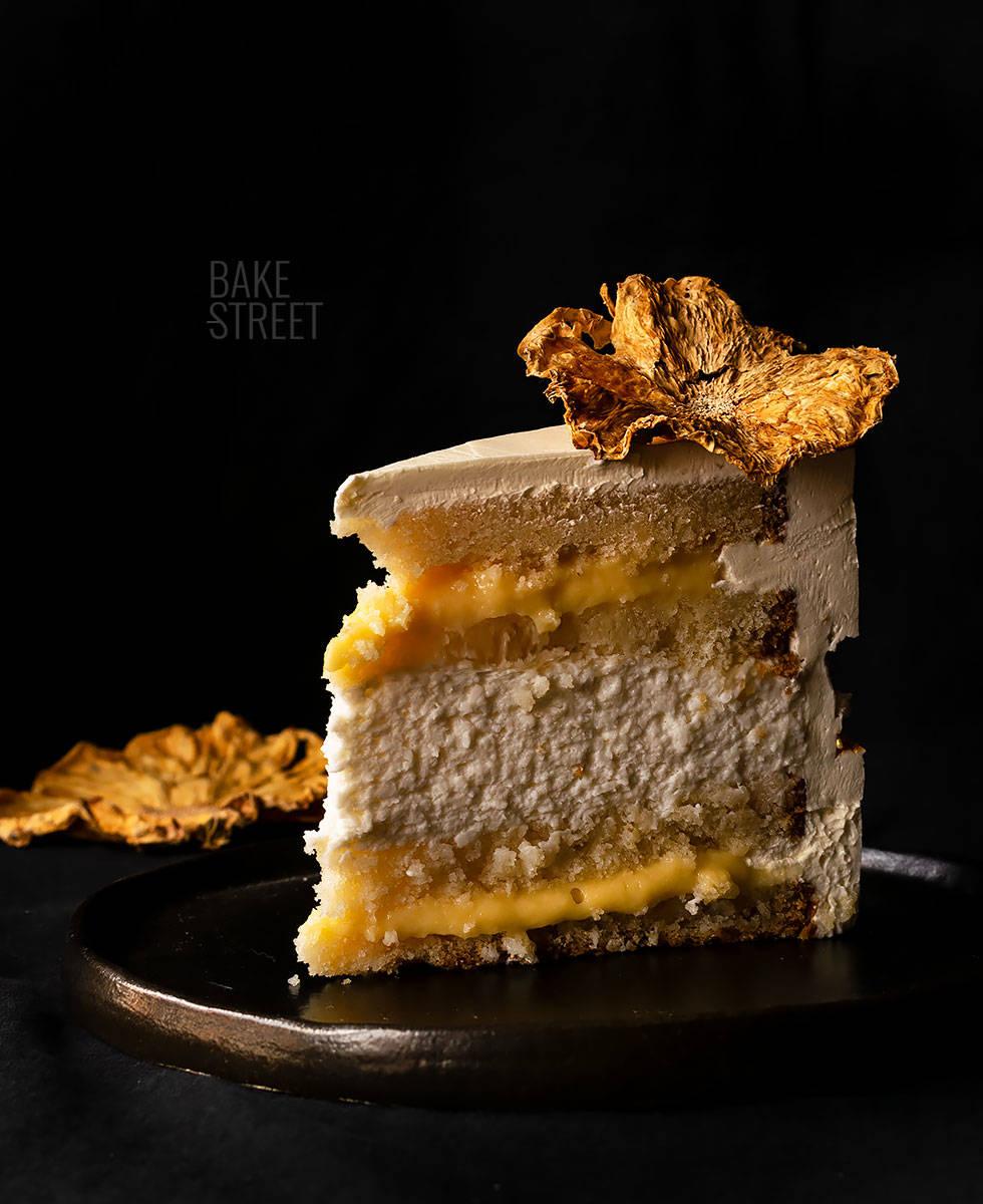 Tarta de piña y coco - Fault Line Cake