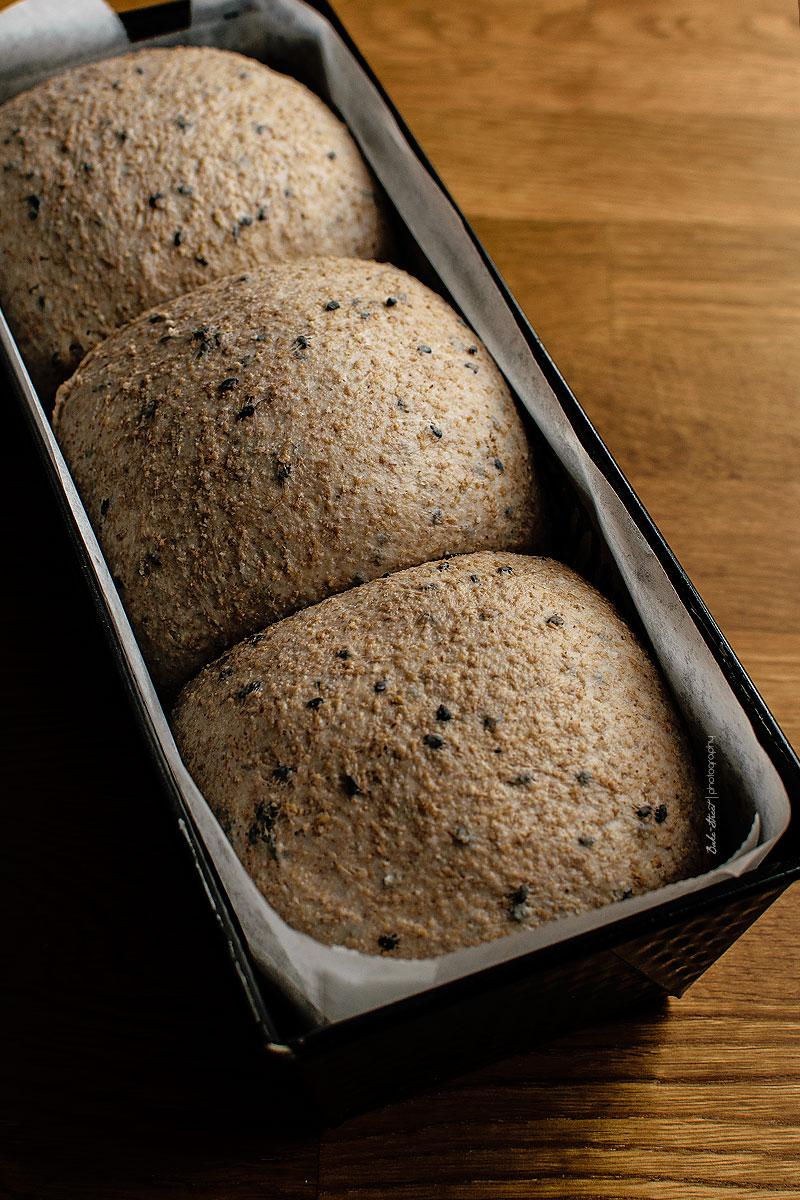 Pan de molde integral con limón confitado