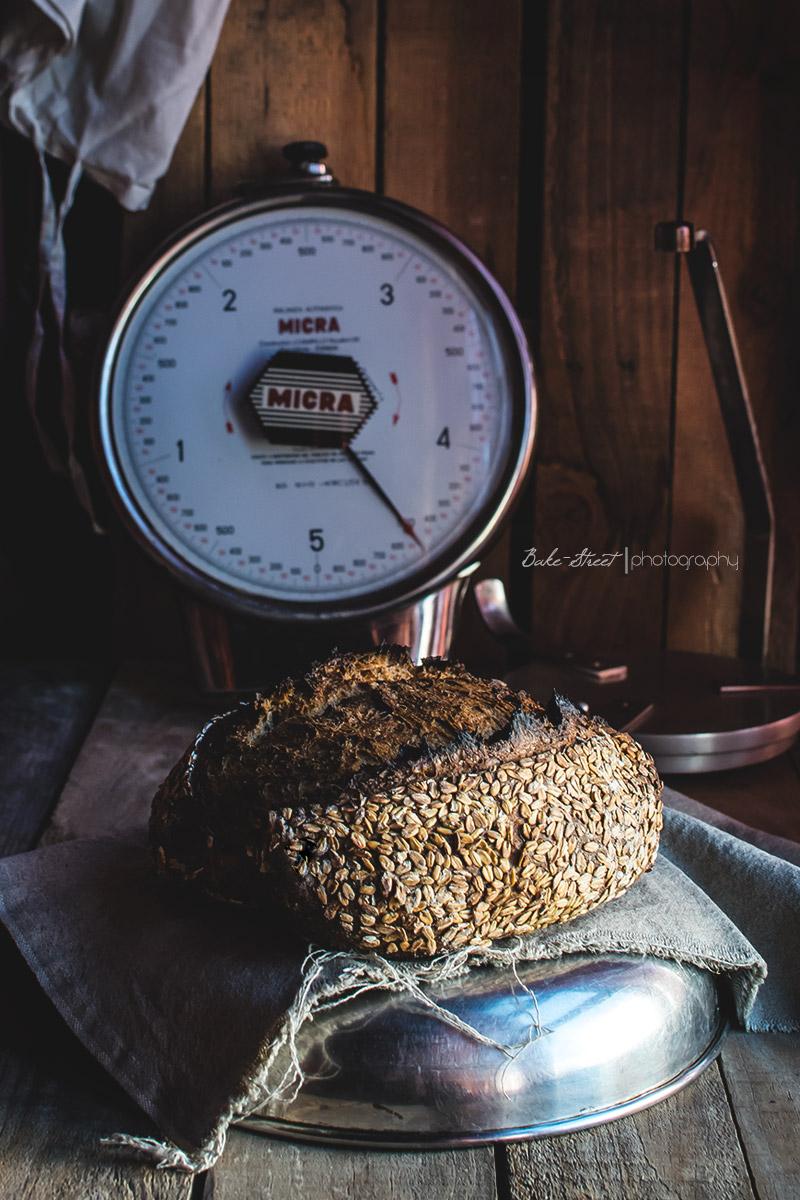 Pan de centeno y trigo con avena